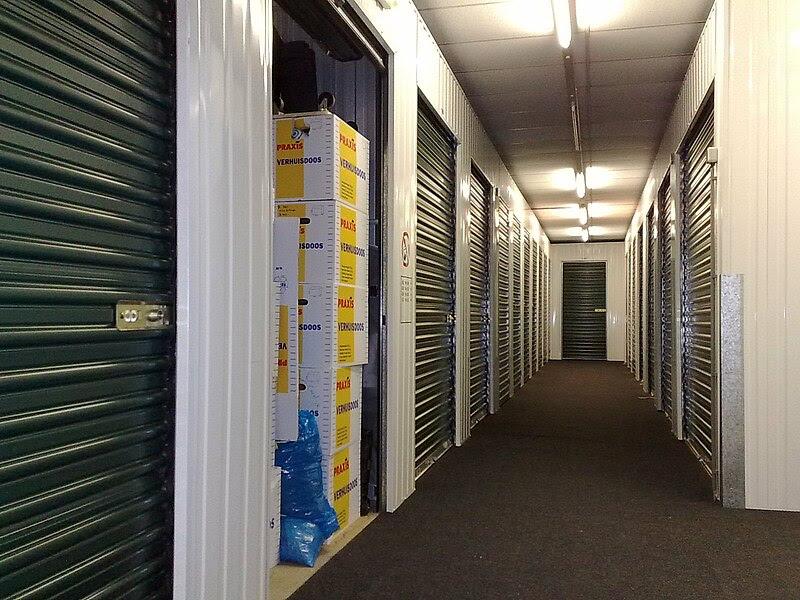 File:Self storage units.jpg