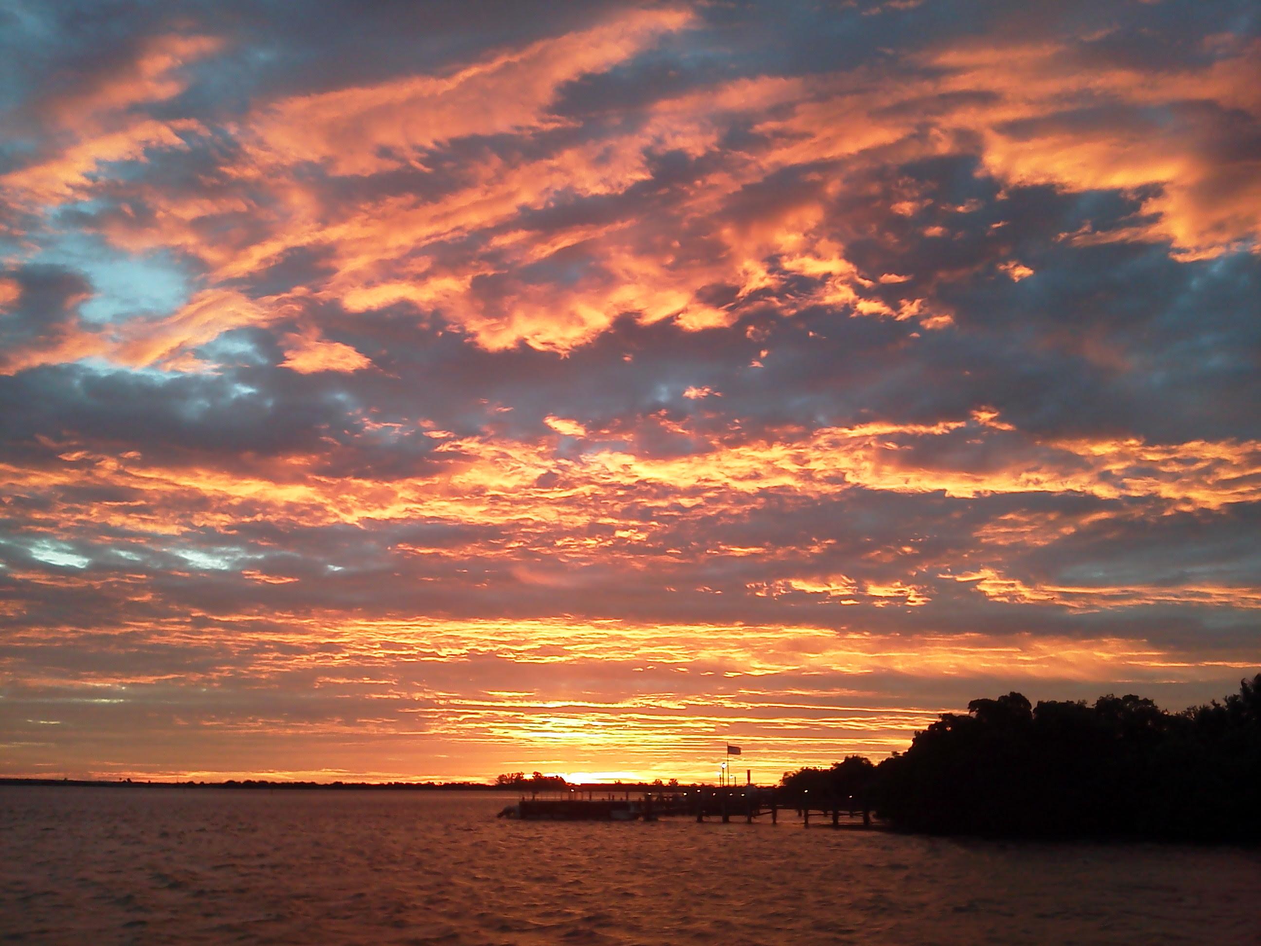 http://upload.wikimedia.org/wikipedia/commons/3/3d/Little_Gasparilla_sunrise.jpg