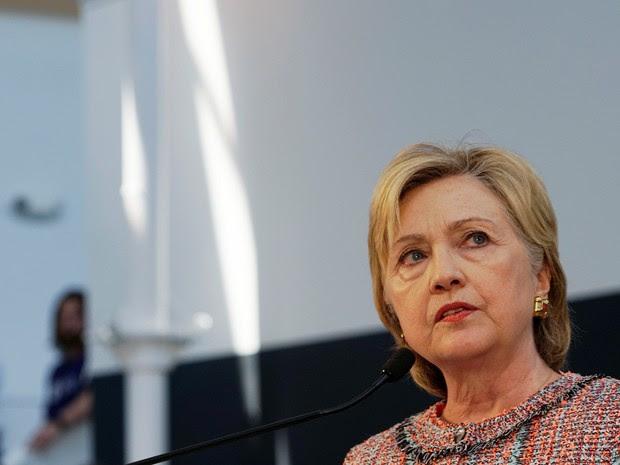 Hillary Clinton fala durante encontro com uma comunidade em Denver, nos EUA, em 28 de junho (Foto: Rick Wilking/Reuters)
