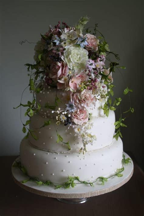 Wedding Wednesday: Interview with cake designer Amy Swann