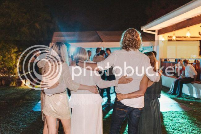 http://i892.photobucket.com/albums/ac125/lovemademedoit/welovepictures%20blog/BushWedding_Malelane_066.jpg?t=1355997275