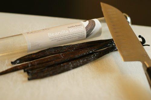 DIY vanilla extract ... great homemade gift!