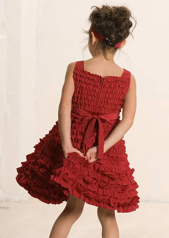 25 attentiongrabbing christmas dresses collection  sheideas