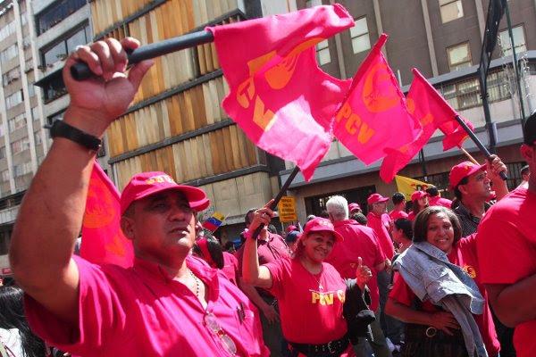 Pueblo en la calle en apoyo a Chávez