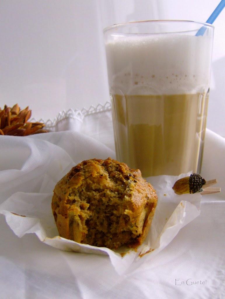 Muffins de zanahoria y chocolate, el café se toma a las 5, me acompañas?