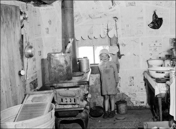 http://www.woodpilereport.com/photos/1936-missouri-ozarks-kitche.jpg