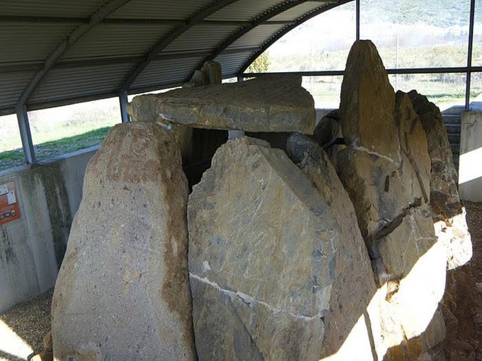 Foto de    Ruta de los dólmenes, mina Fosforita y embalse, en Belmez (Córdoba)
