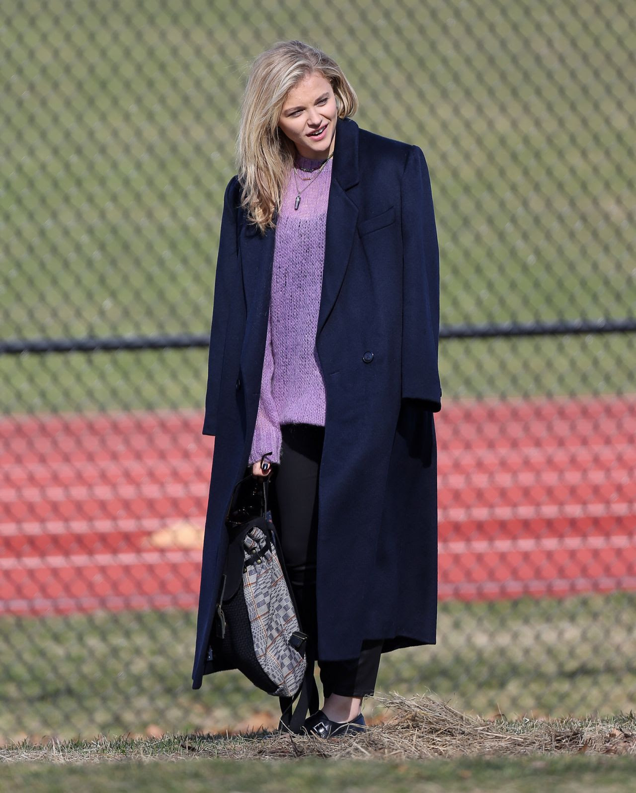 http://celebmafia.com/wp-content/uploads/2015/04/chloe-moretz-set-of-november-criminals-in-providence-rhode-island-april-2015_16.jpg