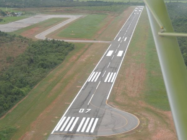 Balizamento de aeroporto foi concluído atendendo exigência da ANAC