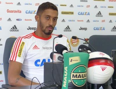 César Martins gosta da privacidade que os treinos fechados oferecem ao time (Foto: Fred Gomes/GloboEsporte.com)