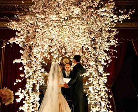 Wedding Ceremony Flower Ideas   Belle The Magazine