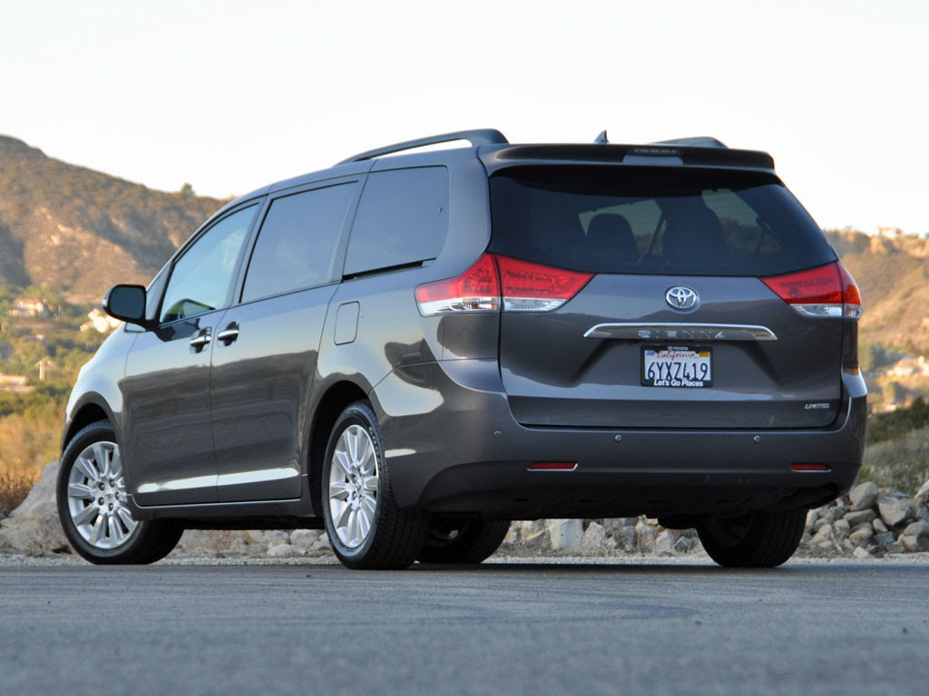 2014 Toyota Sienna - Test Drive Review - CarGurus