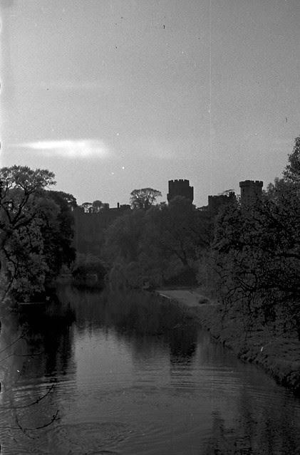 1605 Warwick Castle on river Avon