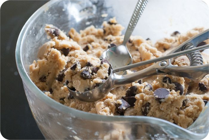 the six degrees of separation/new york times/jacques torres chocolate chip cookie recipe