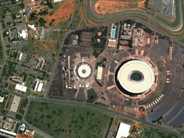 Estádio Nacional, em Brasília, em foto feita em 12 de outubro de 2013 (Foto: Google Earth)
