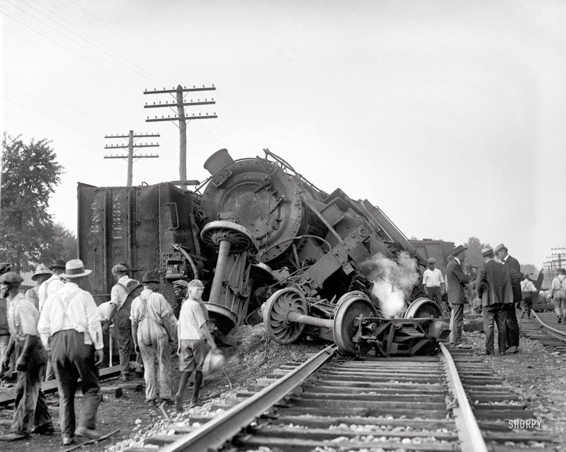 Train Wreck: 1922