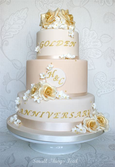 Small Things Iced: Golden Wedding Anniversary Cake
