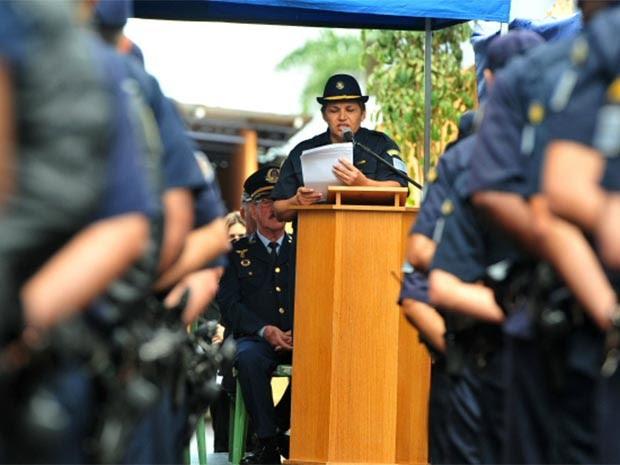 Maria dos Milagres Araújo de Farias assumiu nesta segunda (14) o comando da Guarda Municipal. (Foto: Claudio Capucho)