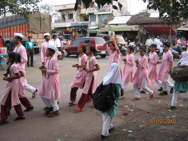 Ganpati Visarjan at Chikhali Village - two types of girls in one village