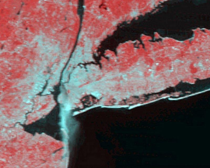 http://www.nasa.gov/sites/default/files/images/583105main_modis-0912_redplumex500_full.jpg