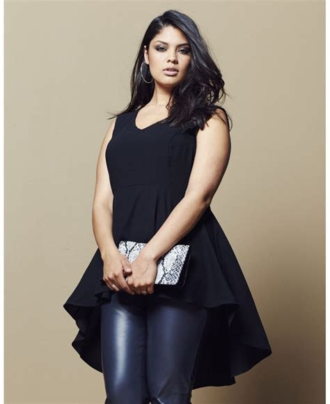Stylish peplum tops for plus size girls   curvyoutfits.com