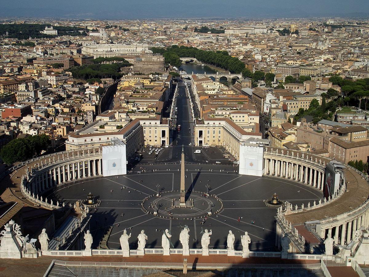 File:Piazza San Pietro.jpg