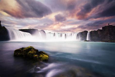 12 Stunning Shots of Godafoss, Waterfall of the Gods   My