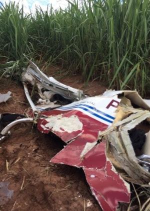 Modelo experimental Explorer Monomotor caiu em Botucatu (SP) com três pessoas a bordo
