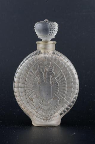 RENE LALIQUE LENGHYEL « Parfum impérial » Flacon en verre soufflé-moulé