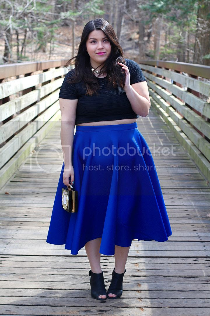 plus size fashion fashion to figure midi skirt crop top telephon bag torrid jessica ip clothes and shit