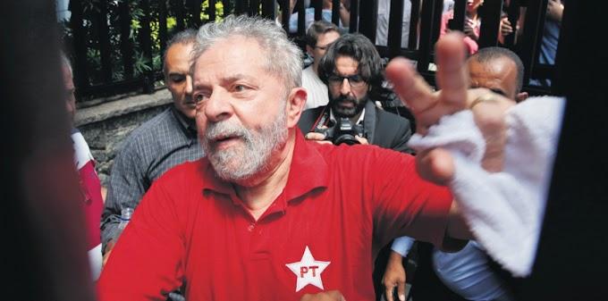 Lula é oficialmente candidato ao prêmio Nobel da Paz