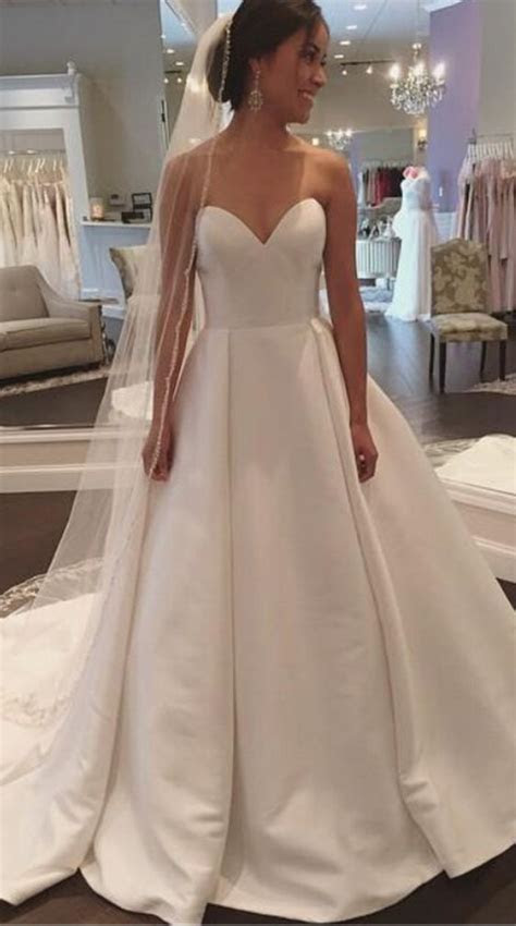 Best 25  Satin wedding dresses ideas on Pinterest   Satin