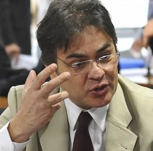 PSDB diz 'celebrar' entrada de Marina no jogo