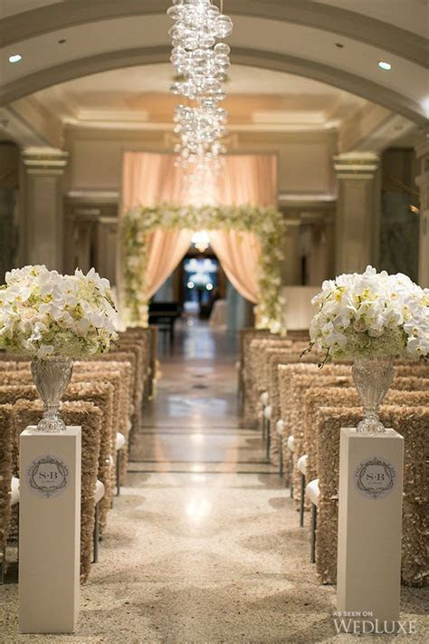 Best 25  Indoor ceremony ideas on Pinterest   Winter