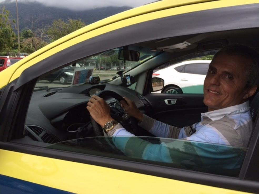 SMTR autorizou outros dois deficientes a guiarem táxis na cidade (Foto: Cristina Boeckel/ G1)