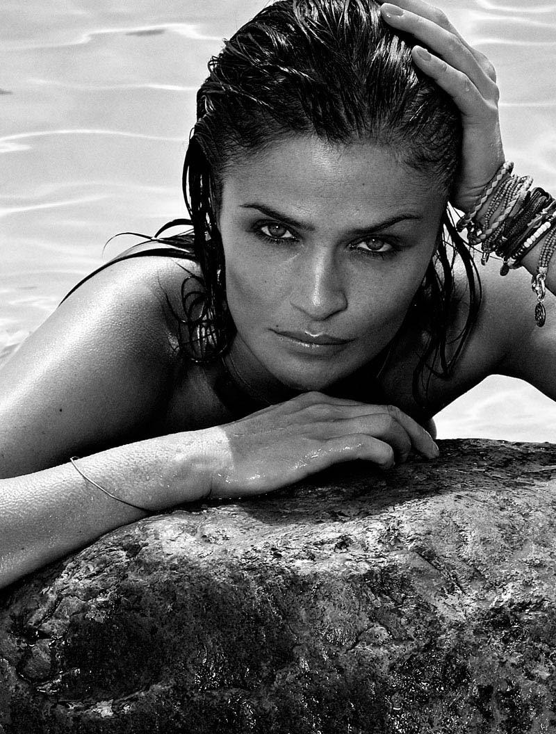 HELENA CHRISTENSEN by Xavi Gordo 01 Helena Christensen Sizzles for Xavi Gordo in Elle Spains May 2013 Cover Shoot
