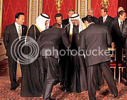 http://i151.photobucket.com/albums/s150/Psion1909b/bama-greets-king-1.jpg?t=1239314828