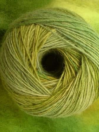 Rau-grün-Häkelkorb