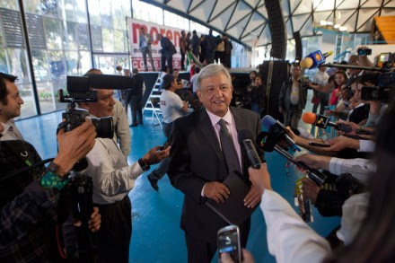 Andrés Manuel López Obrador, presidente del Consejo Político del Movimiento de Regeneración Nacional (Morena). Foto: Miguel Dimayuga