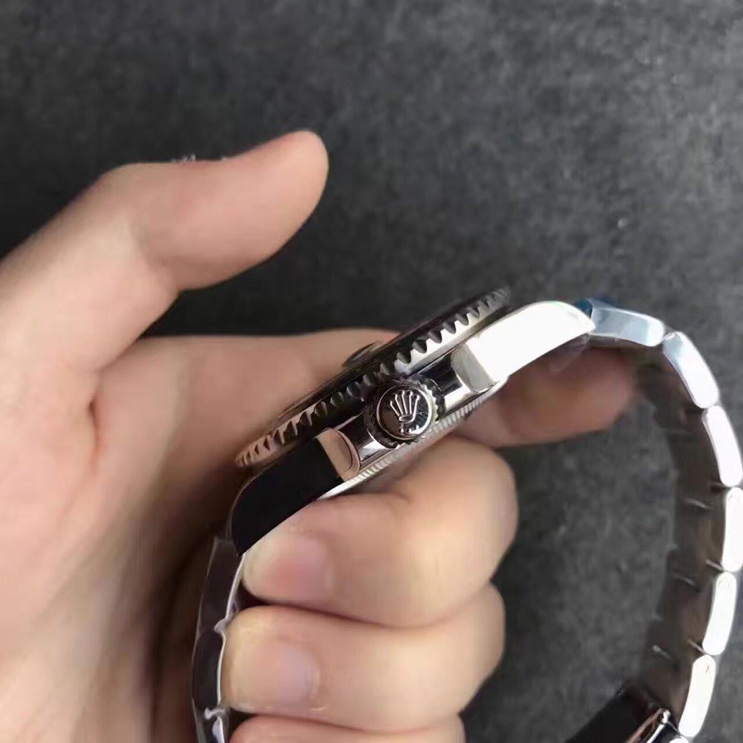 Replica Rolex GMT Master II 116710LN Crown