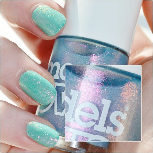 Models-own-Indian-ocean-swatch