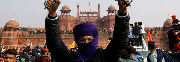 R-Day violence: Protesters snatched magazines from constables, robbed anti-riot gears, says FIR