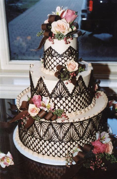 25  best ideas about Chocolate lace cake on Pinterest
