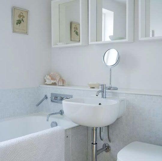 Tiny Bathroom Ideas With Bathtub Storage