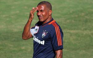 Cristóvão revela ter sido alvo de racismo de parte da torcida do Vasco