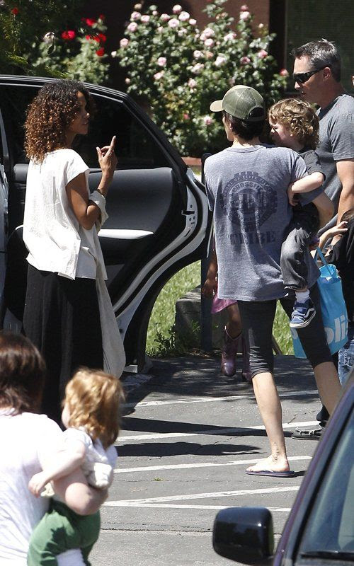 School  - April 20, 2012, Halle Berry