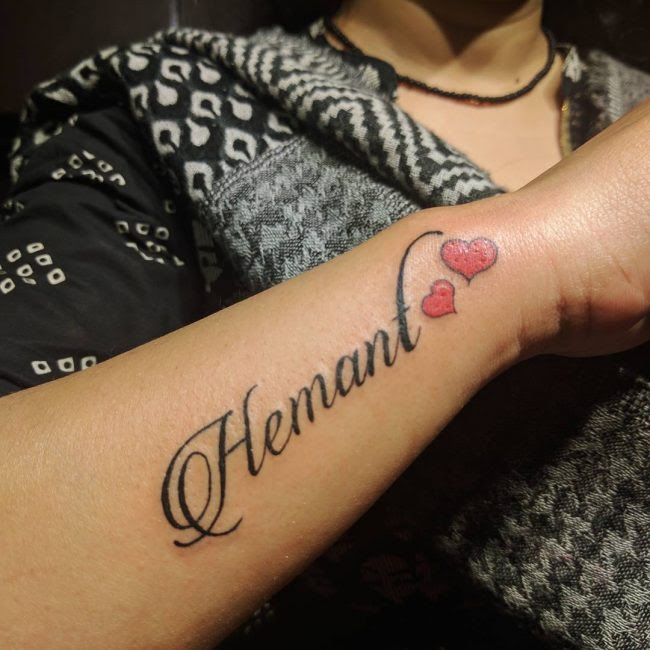 110 Cute And Tiny Tattoos For Girls Designs Meanings 2019
