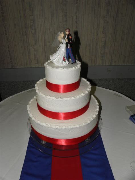 Army Blues WEDDING CAKE IMAGES   Perfect red, white & blue