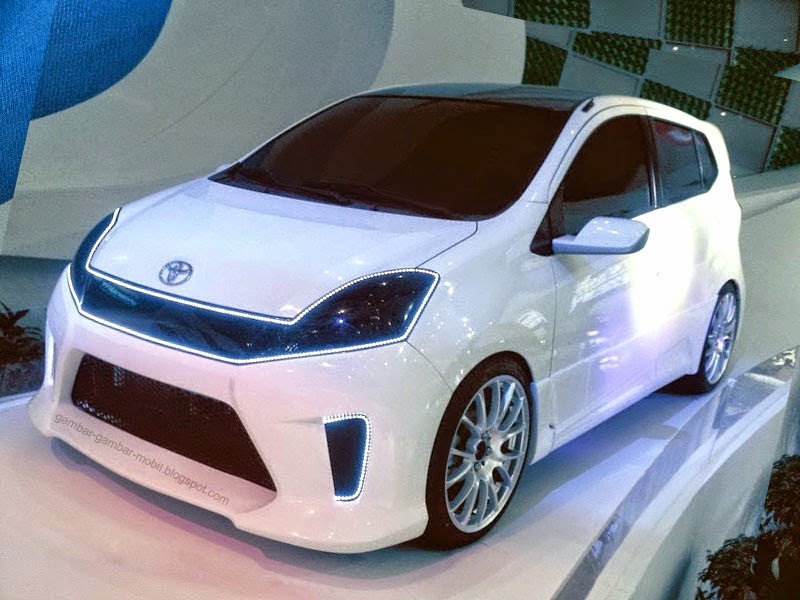 10 Modifikasi Toyota Agya Warna Hitam Elegan