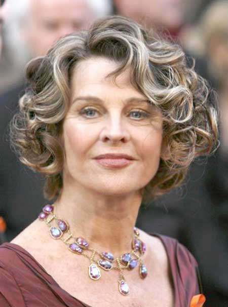 Best Short Haircuts for Older Women 2014 -2015_5